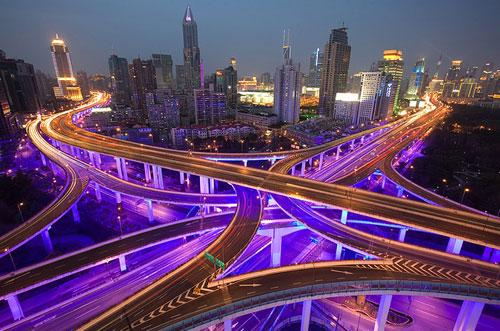 Intersection of Yanan Zhong Lu and Chengdu Lu / Chongqing Lu in Shanghai photography